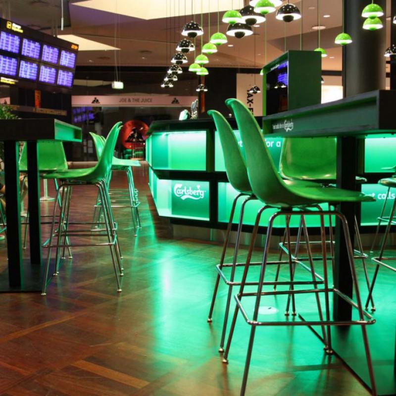 baren m. pantonlamper, Carlsberg Bar, Lufthavnen, Kastrup
