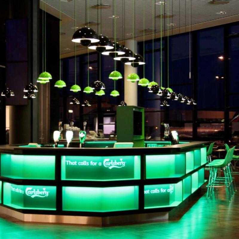 baren mod vinduerne, Carlsberg Bar, Lufthavnen, Kastrup
