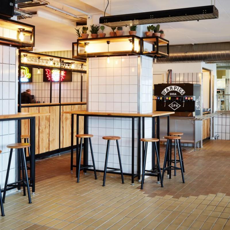 gulvområdet, ståpladser & barstole, Warpigs Brewpub, Kødbyen, København